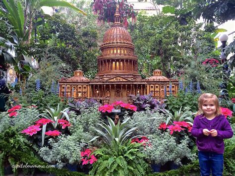 United States Botanical Gardens Season S Greetings At The United States Botanic Garden Capitol Momma