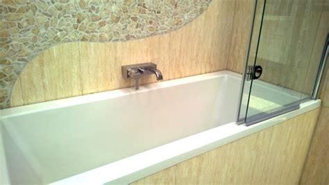badewanne reinigen badewanne reinigen tipps f 252 r stahlblech und acryl
