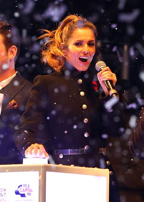cheryl cole switches oxford street christmas lights in