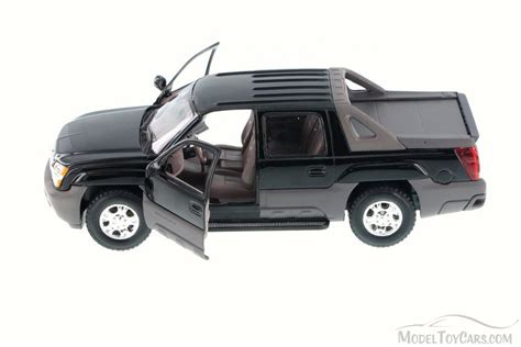 Diecast Welly Chevrolet Avalanche 2002 chevy avalanche up truck black welly 22094
