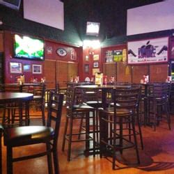 bench warmers sports grill bench warmers sports grill sports bars 1375 rock