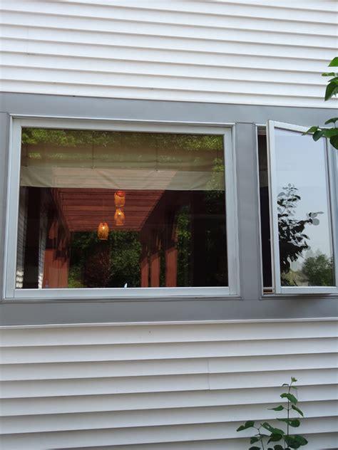 casement window vinyl crank  windows cleveland