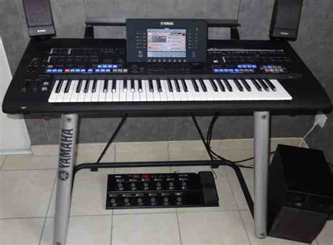 Keyboard Roland Korg buy now korg pa3x pro keyboard yamaha tyros 4 keyboard