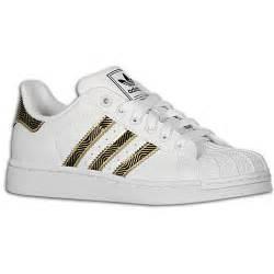 Hombres De Las Adidas Originals Superstar 2 Bling Casual Zapatos Blanco Met Lico Oro G62845 Zapatos P 446 by Adidas Clasicos