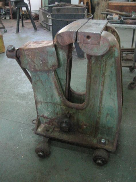 large bench vice what s the biggest vise you ve seen vises i forge iron