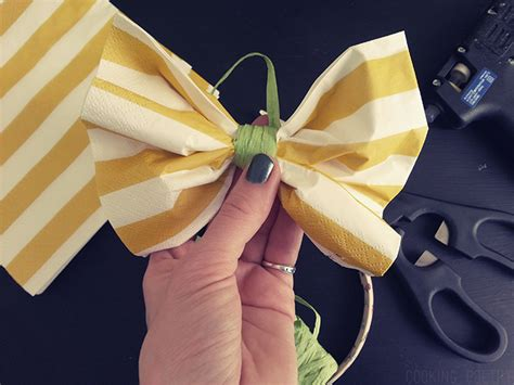 How To Make A Bow Out Of Tissue Paper - how to make a bow out of tissue paper 28 images diy