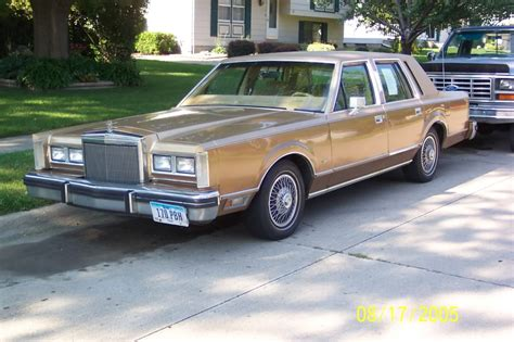 chilton car manuals free download 1984 lincoln continental electronic valve timing lincoln town car 128px image 3