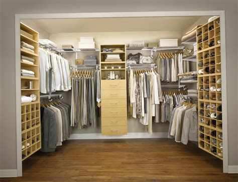 Walk In Closet Small Room by Walk In Closet Ideas For Small Room Home Design Ideas
