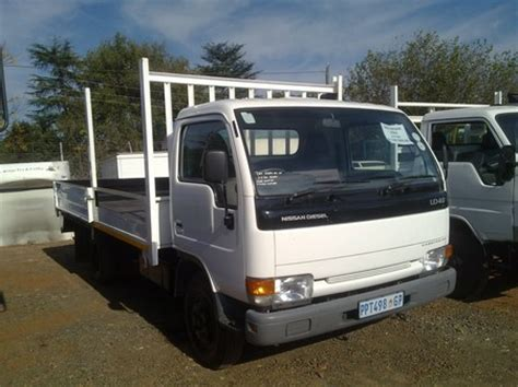 nissan nissan ud40 3 5 ton truck was listed for r139 500