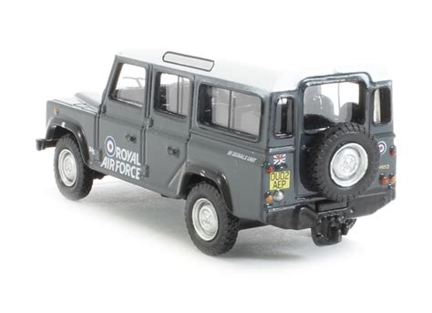 land rover raf hattons co uk oxford diecast 76def013 land rover