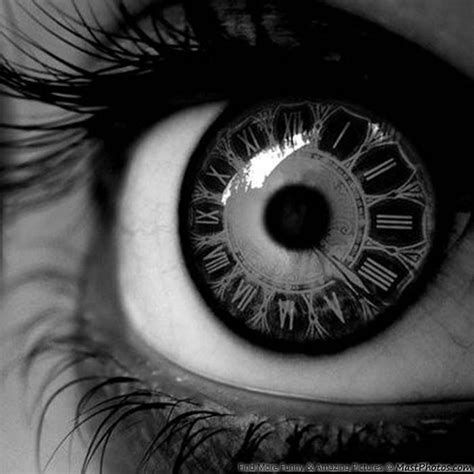 awesome eye contact lense looks like clock