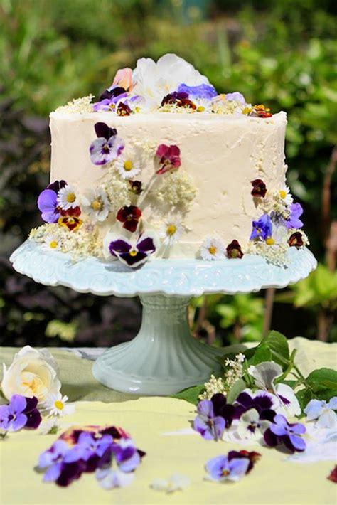 ideas  flower cakes  pinterest floral