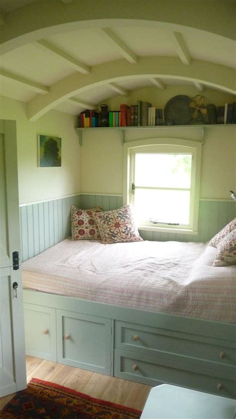 Design Ideas For Reading Ls For Bed Nooks Bed Nook And Cozy Bed On Pinterest