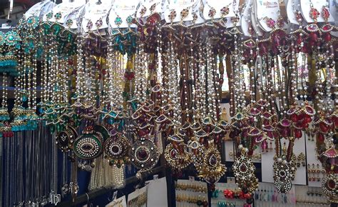 Cheap Places For Home Decor Tulsi Baug Ladies Shopping Market Pune Shop Till You Drop