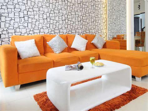 Wallpaper Sticker Dinding Batu Alam Cadas Coklat Krem Warna Cat Dan Interior Ruang Tamu Rumah Mungil Minimalis