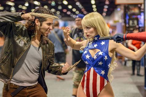 women rule   wondercon  cosplay    anaheim comic convention daily news
