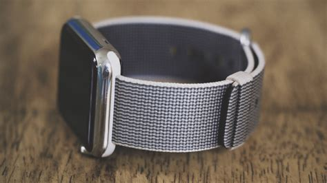 Woven For Apple by Review The Woven Band For Apple Hey Cupertino