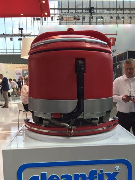 robot lavasciuga pavimenti foto lavasciuga robot di belice servizi superclean