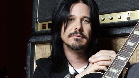 gilby clarke gilby clarke how i feel about not being invited to join