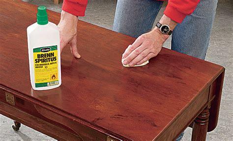 Tischplatte Lackieren Glatt by Tisch Restaurieren Restaurieren Reparaturen Selbst De
