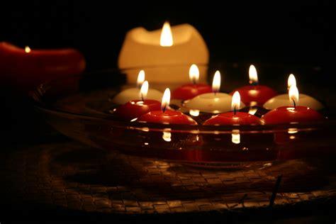 decorar velas para navidad ideas para decorar con velas en navidad decoracion red