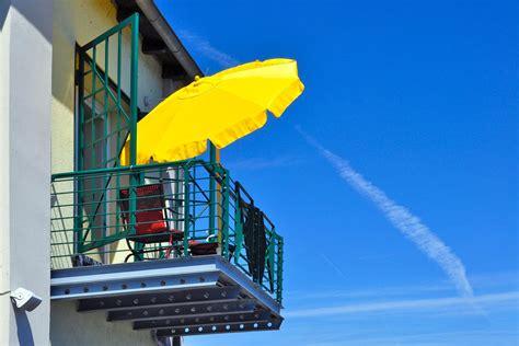 Sonnenschirm Oder Sonnensegel by Sonnenschirm Sonnensegel Oder Markise Hausidee