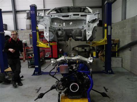 Schnellstes Auto Mit 4 Sitzen by Das Chassis Sitzt Soll Der Motor Folgen Der