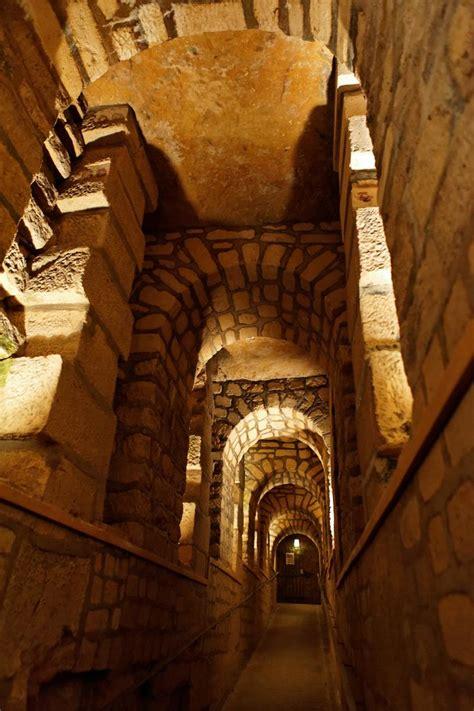 les catacombes de paris  catacombs  paris paris