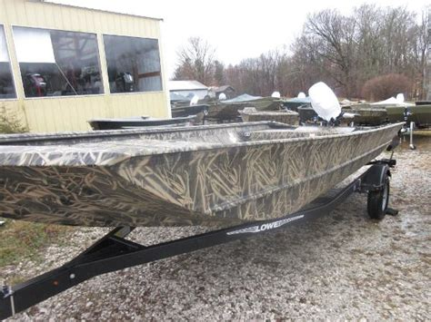 cabela s boat center prairie du chien lowe roughneck 2070 boats for sale boats