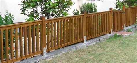 ringhiera in legno per giardino recinzioni in legno recinzioni recinzioni in legno