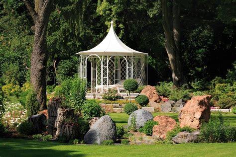 wetterfeste pavillons garten kunstvolle pavillons f 252 r den garten