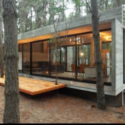 Modern Cabin 25 Best Ideas About Modern Cabins On Modern Wood House Small Modern Cabin And