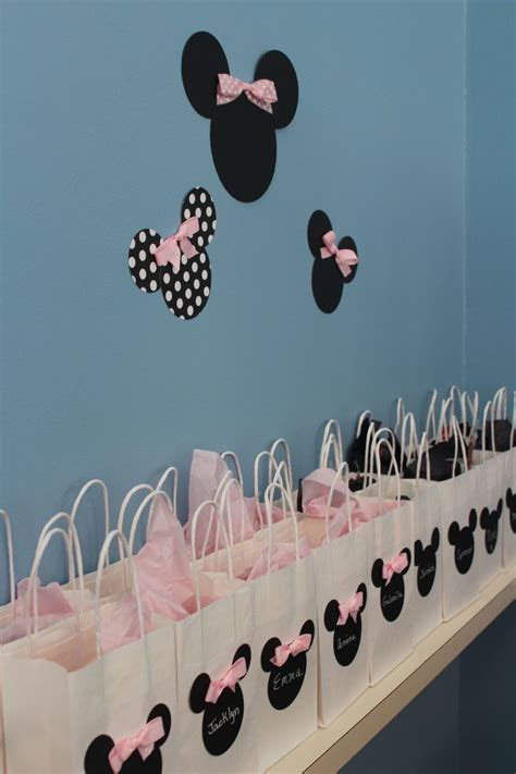 First Birthday Giveaways Ideas - best 20 minnie mouse party ideas on pinterest