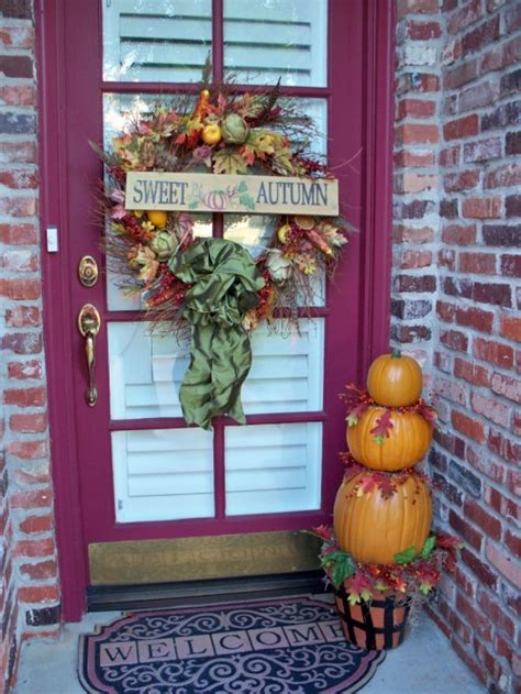 how to decorate your porch for fall 10 designs fall porch decorating freshnist