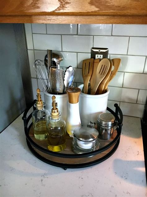 kitchen countertop decorations 25 best ideas about organizing kitchen counters on