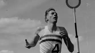 Roger Banister roger bannister s shoes from 4 minute mile set for auction olympictalk