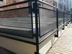 metal railing nationaldeckandstair 888 299 9393