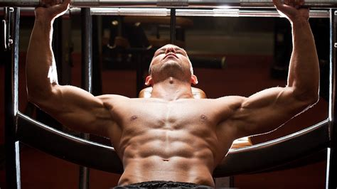 how to maximize bench press how to maximize muscle gain on the bench press