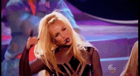 Britneys Backfinally by Finally Gave The Comeback Performance Fans