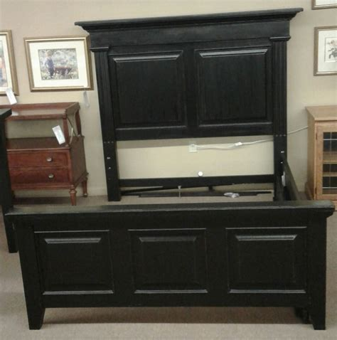 thomasville king or queen bedroom set solid oak dresser thomasville solid oak mantle queen bed delmarva