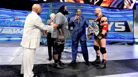mark henry bench press record wwe in live ryback vs mark henry quot bench press