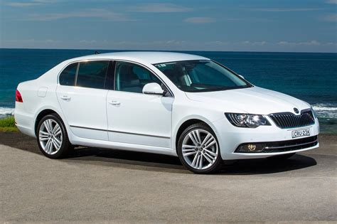 2014 skoda superb pricing and specifications photos 1 of 3