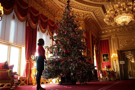 best christmas decorated house in queens this is just my photos queen s 20 foot tree at windsor castle business