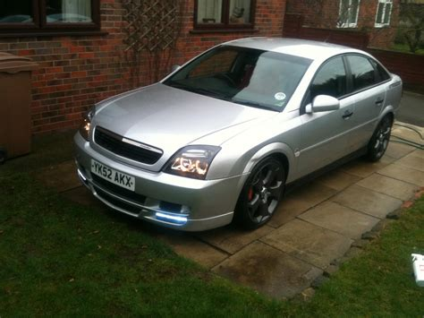 opel omega 2002 2002 vauxhall vectra overview cargurus