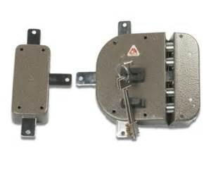 serrature elettroniche per porte blindate serratura a doppia mappa quot cr 2350 quot cr serrature serrature