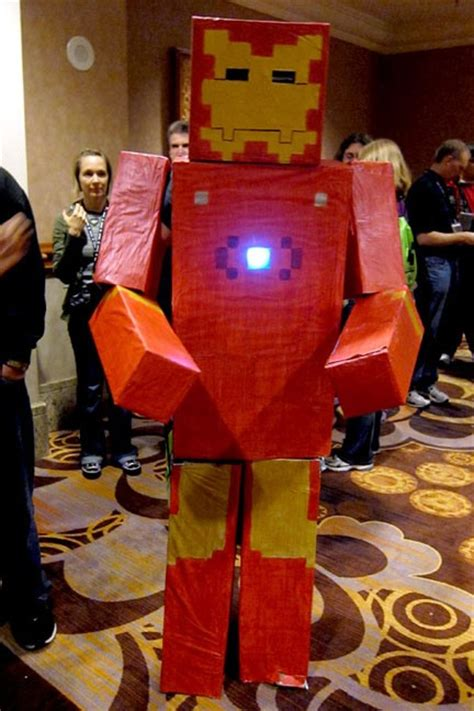 How To Make Iron Suit Out Of Paper - 20 amazing minecraft costumes at minecon 2011 171 minecraft