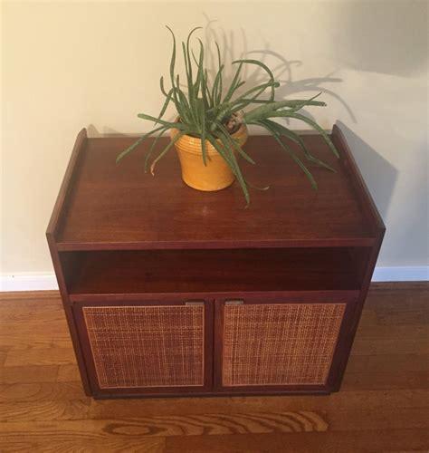 Mid Century Modern Walnut Turntable & Record Storage