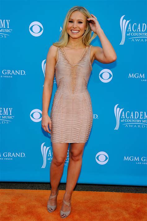 Style Kristen Bell Fabsugar Want Need by Kristen Bell Strappy Sandals Kristen Bell Heels Looks
