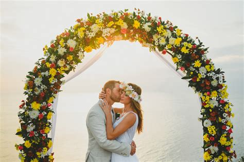 bali cliff wedding mckayleigh brady wedding  kadek