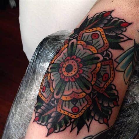 geometric tattoo in london geometric cloak and dagger tattoo parlour london